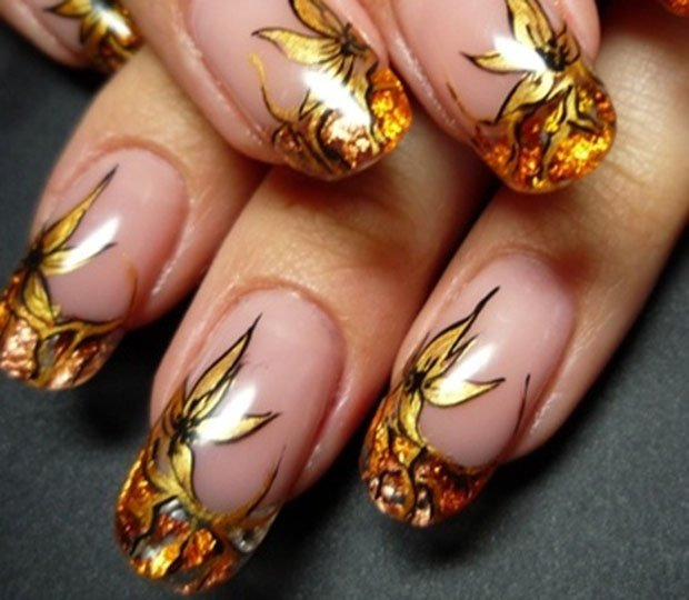 golden-gliter-nail-art-5