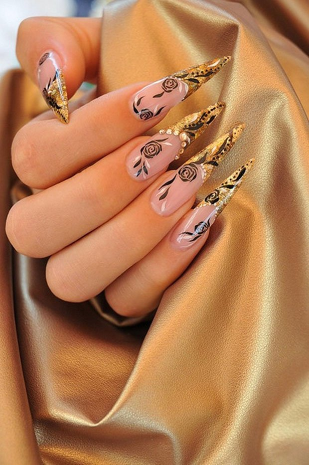 golden-gliter-nail-art-6