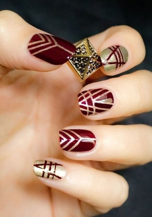 golden-gliter-nail-art-9