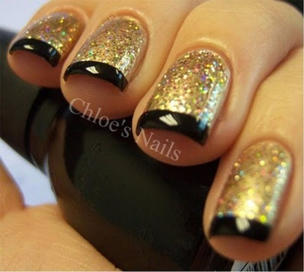 golden-gliter-nail-art