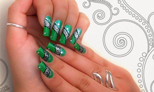 47-greenish-nail-art