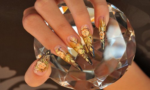70-brownian-nail-art