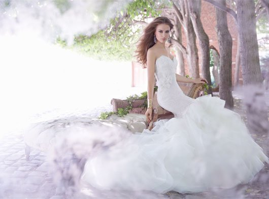 alvina-valenta-bridal-silk-satin-organza-trumpet-horsehair-tulle-strapless-sweetheart-alencon-lace-drop-9350_lg