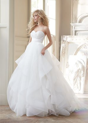 hayley-paige-bridal-strapless-natural-ball-silk-crossover-bodice-tulle-skirt-horsehair-flounces-chapel-6358_lg
