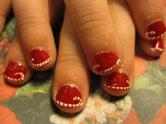 15-Simple-Easy-Christmas-Nail-Art-Designs-Ideas -2012-For-Beginners-Learners-10 - 15-Simple-Easy-Christmas-Nail-Art-Designs-Ideas-2012-For-Beginners
