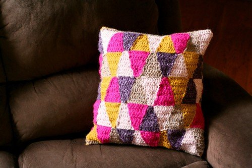 awesome-crocheted-diys-for-cozy-home-decor16-500x333