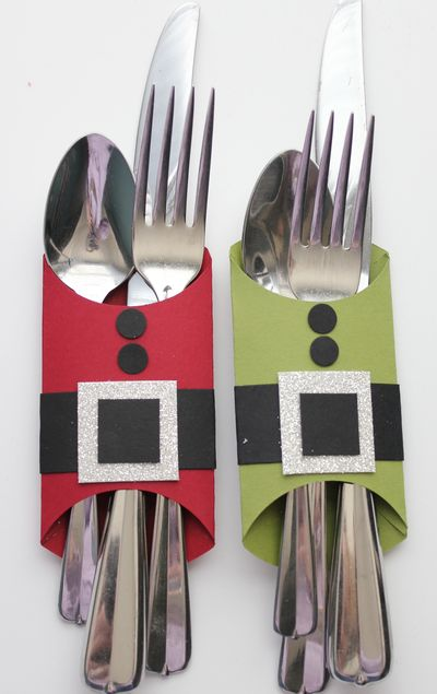 toilet paper rolls Christmas table decor