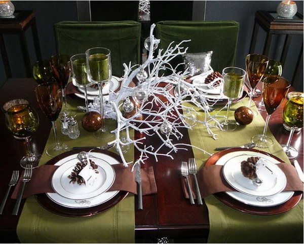 Modern-Christmas-Table-Decorations-for-2012_18