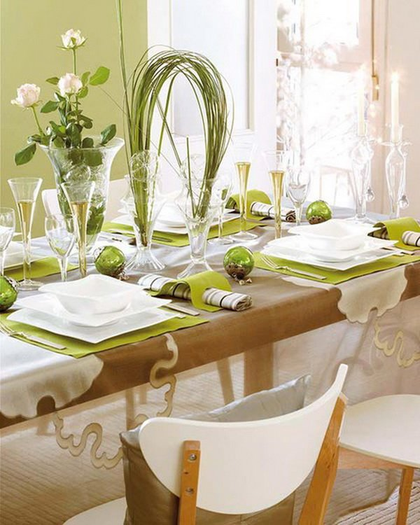 Modern-Christmas-Table-Decorations-for-2012_19