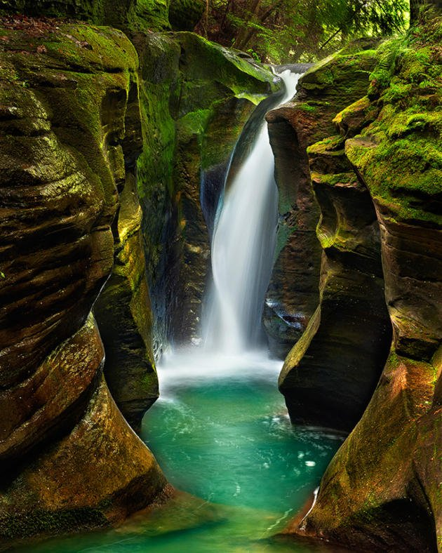 corkscrew-falls-hocking-hills-state-park-ohio