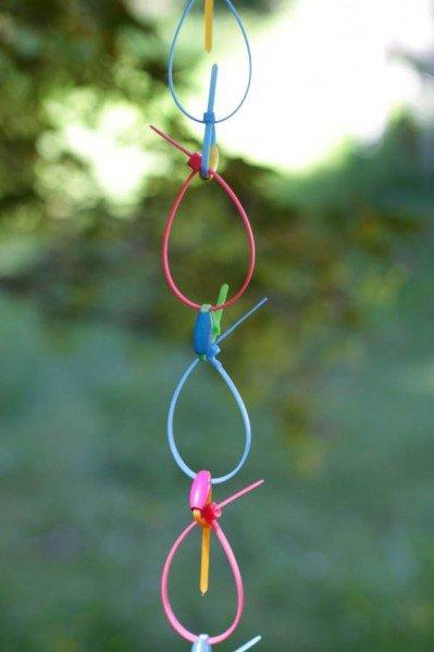 neon-ziptie-rain-chain-2-399x599