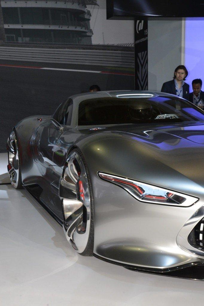 Mercedes-Benz-Vision_14[3]