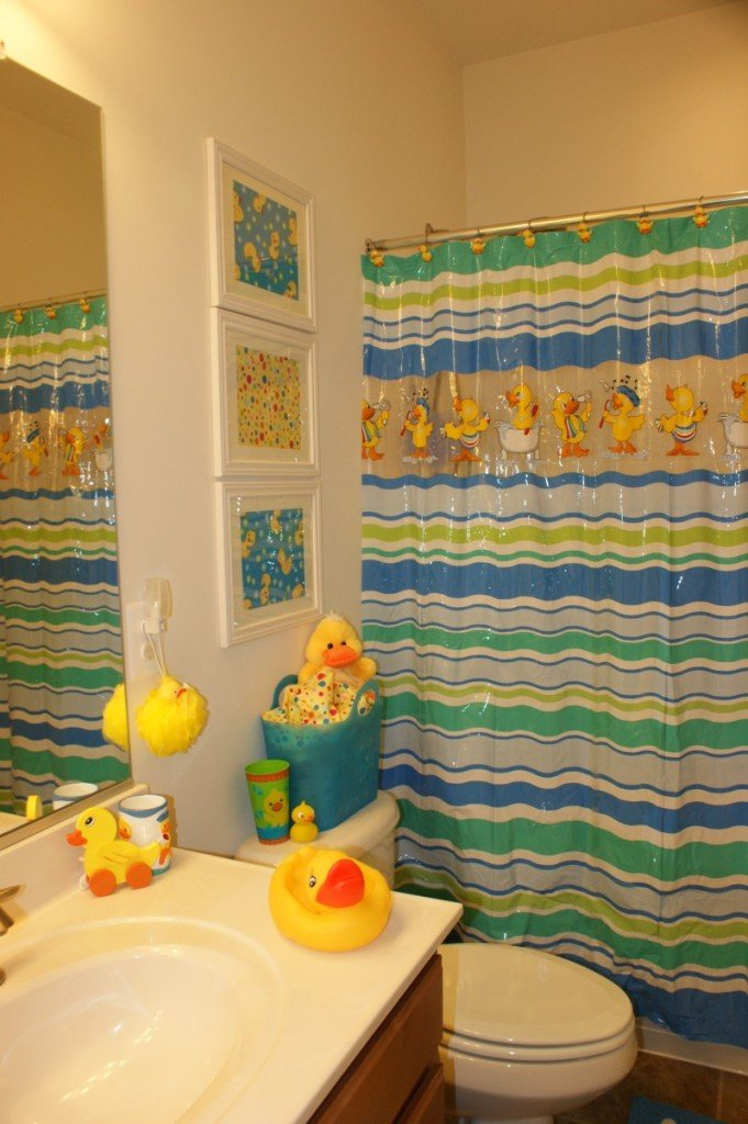 duck bathroom theme
