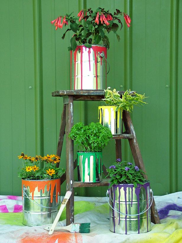 15 DIY Low Budget Garden Ideas For The Perfect Backyard ...