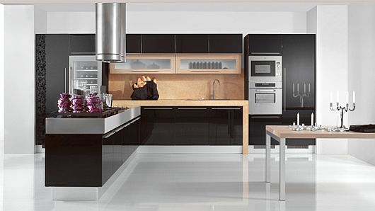 island-kitchen-cabinet-gas-cooker-stove-cooker-hood-pot-stainless-steel-built-in-oven-single-handle-faucet-alumunium-sink-white-tile-glossy-flooring1