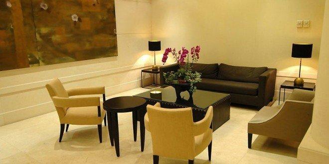 the lounge furniture world inside pictures. Black Bedroom Furniture Sets. Home Design Ideas