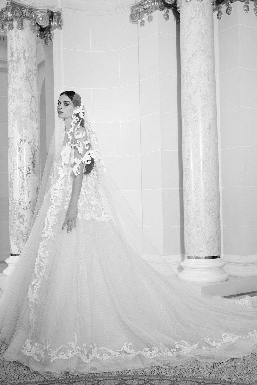 Elie Saab Bridal Collection Fall 2019 World Inside