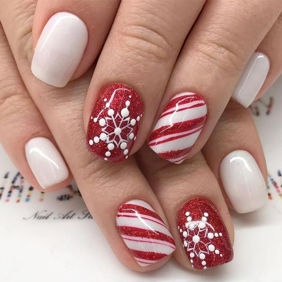 holiday nail designs whimsical winter manicure that will make your nails stand 31716