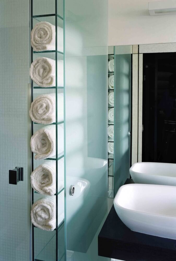 towel storage rack