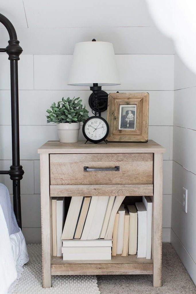 How To Style Your Nightstand Table In Some Stupendous Ways