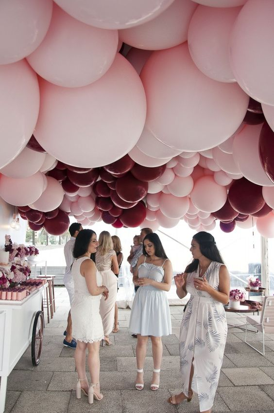 balloon decoration for engagement