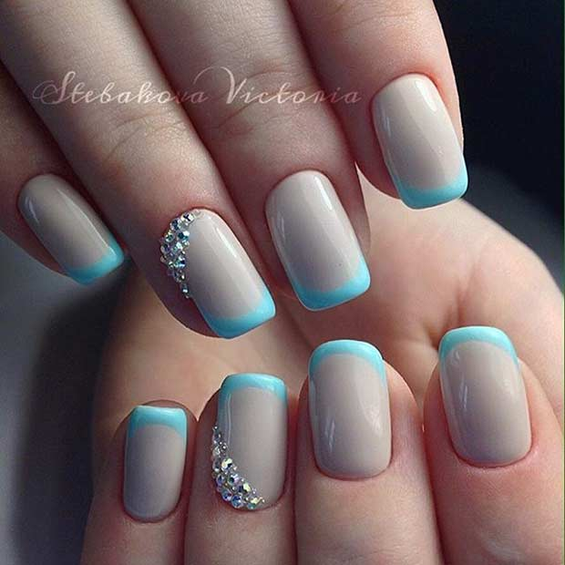french manicure short nails