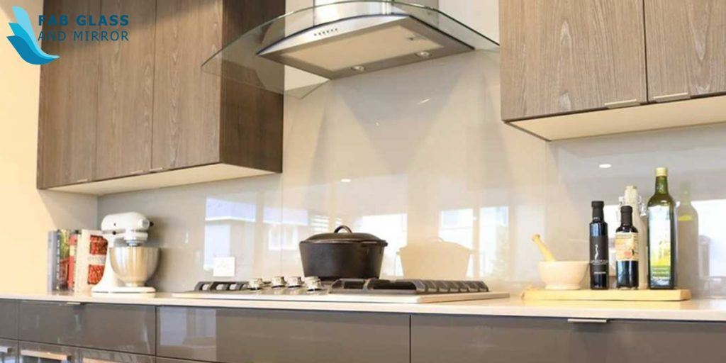 Modern Glass Backsplash Designs You Should Know About World Inside Pictures