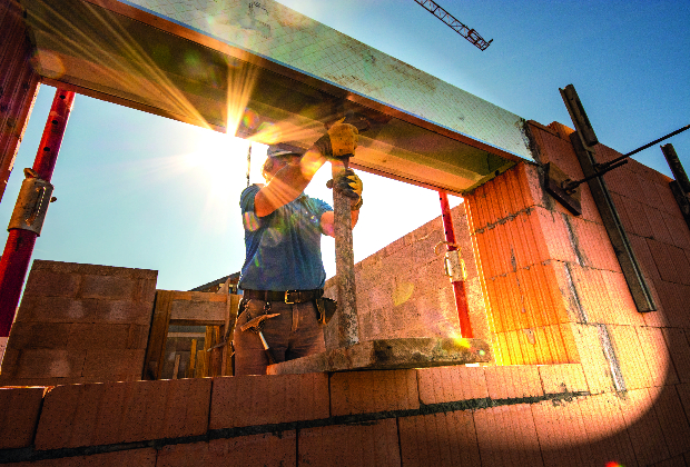 How to Choose a Commercial Construction Company