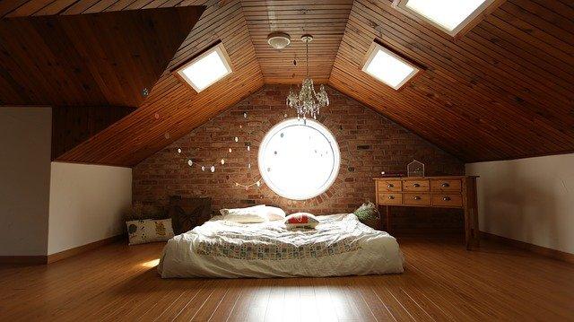 Clutter-Free Kids Room