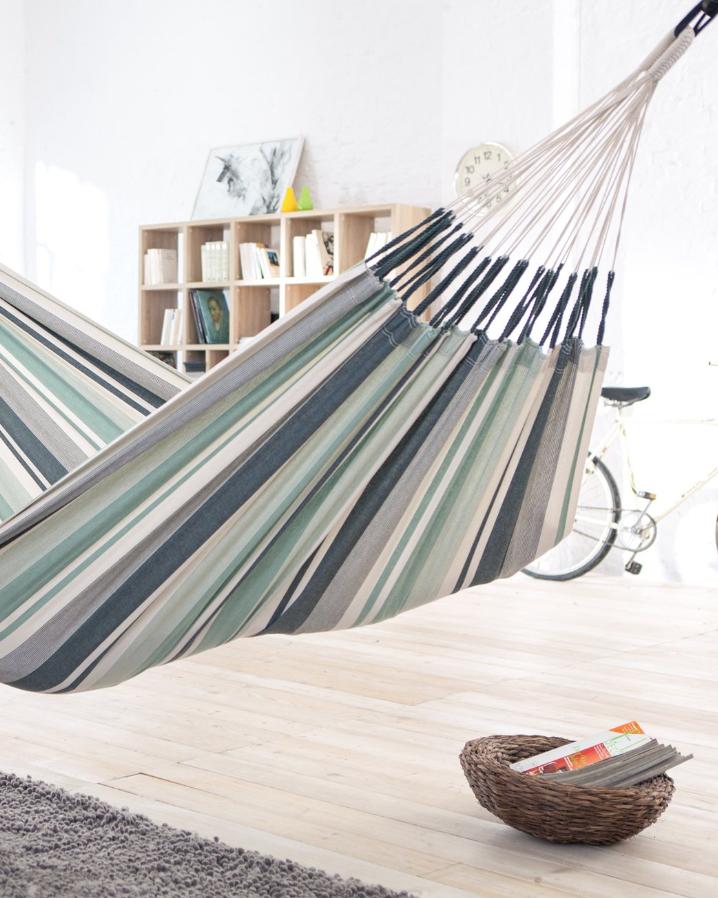 reading hammock