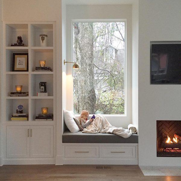 reading window nook