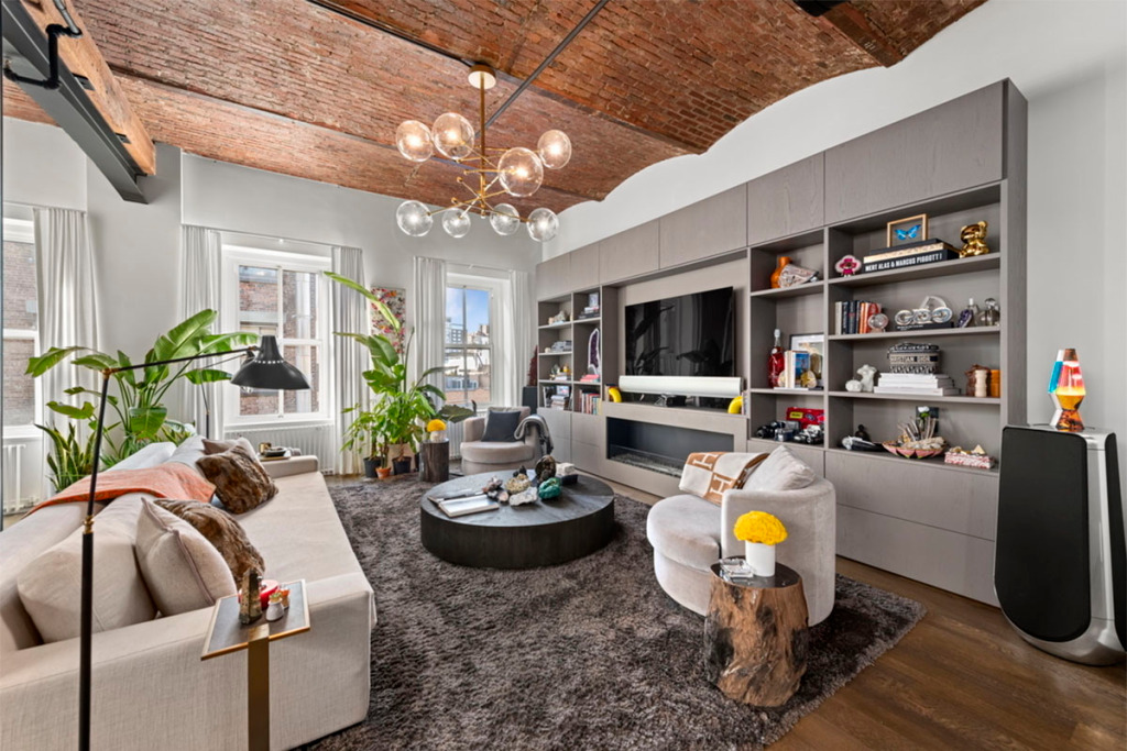 bella hadid apartment for sale