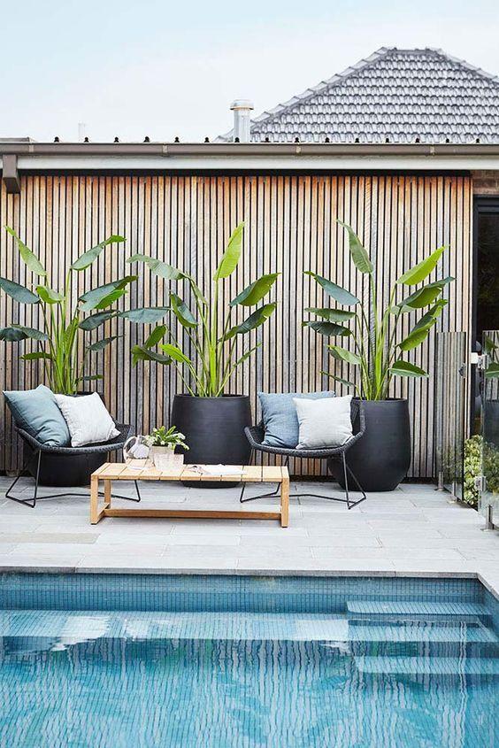 outdoor pool deck decor