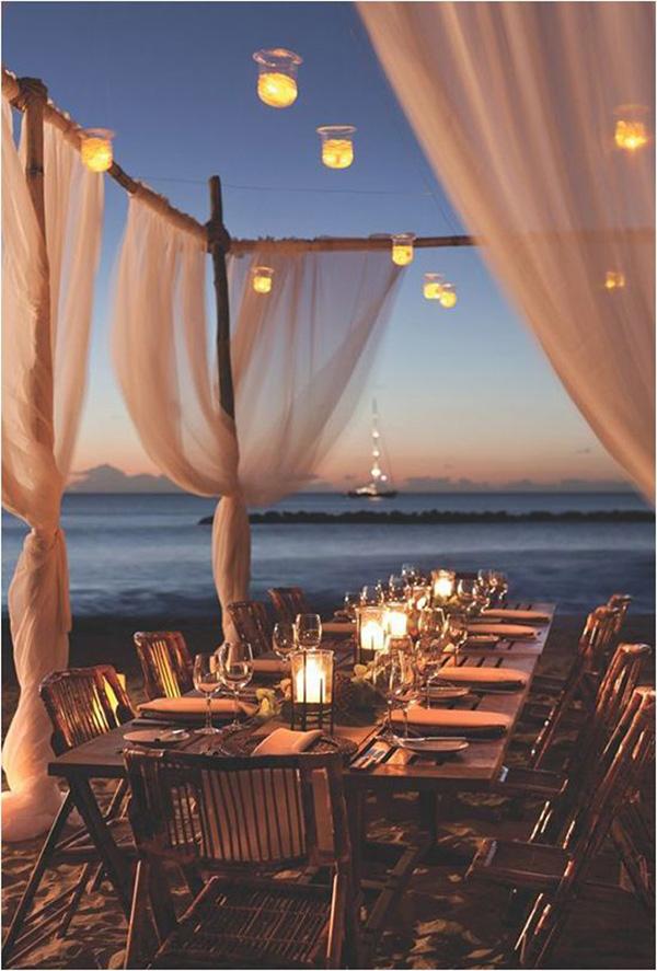 beach wedding tables