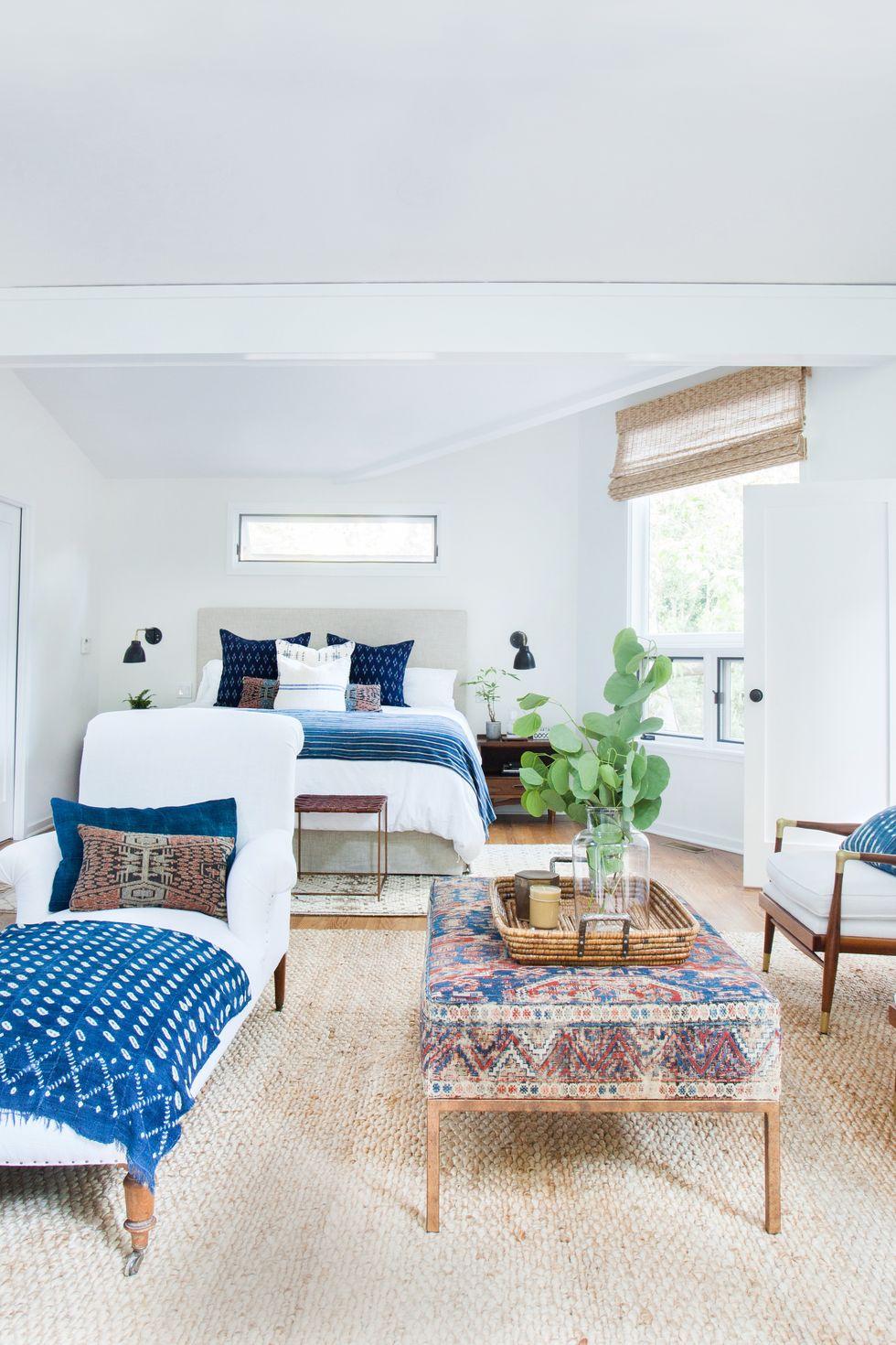 modern studio apartment decor