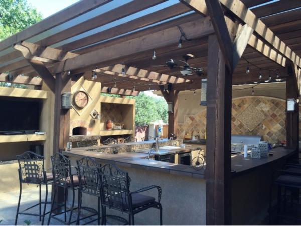 backyard kitchen and bar