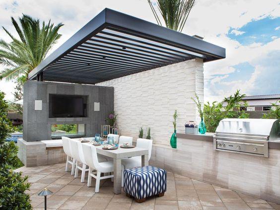 BBQ outdoor kitchen